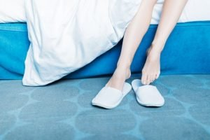 plantar fasciitis wear slippers